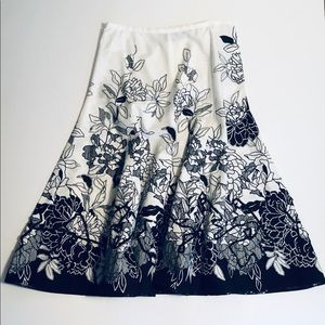 Tailor B Moss Skirt with Sequin Detail